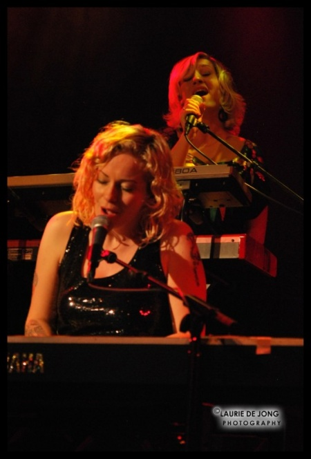 Anneke van Giersbergen & Agua de Annique - Dutch Shows November 2009 30-1259110421