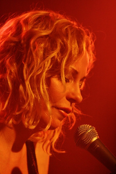 Anneke van Giersbergen & Agua de Annique - Dutch Shows November 2009 30-1259110481