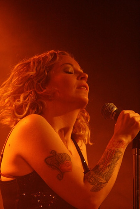 Anneke van Giersbergen & Agua de Annique - Dutch Shows November 2009 30-1259110496